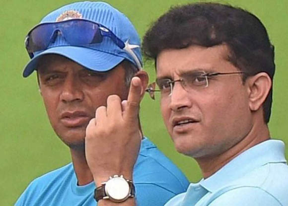 Sourav & Harbhajan take a dig at BCCI. Find why?