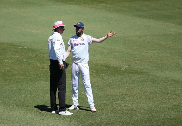 Fourth Test, Day 1: Siraj once again face abuse from spectators, now at Gabba
