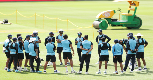 India vs Australia: Rohit all set to replace Mayank, dilemma over third medium pacer | XtraTime | To get the best and exclusive sporting news, keep watching XtraTime