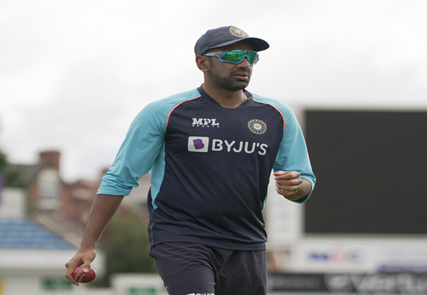 ENG vs IND 4th Test: Ashwin fails to find favour of team management yet again at Oval; This is how twitter reacted